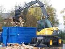 Une pelle hydraulique spéciale «recyclage»