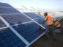 Photovoltaïque : des milliers d'emplois sont ...