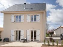 Une maison écologique, low-cost et montée en une ...