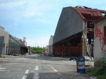 La construction de bâtiments acier en zone à ...