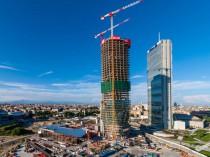 La tour de Zaha Hadid à Milan atteint les 44 ...