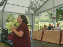 Emmanuelle Cosse défend l'avancée de ses chantiers