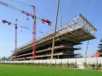 BIM : Sur le chantier de Longchamp, Bouygues fait ...