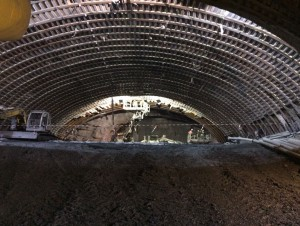Lyon-Turin : le tunnelier Federica entre en action ...