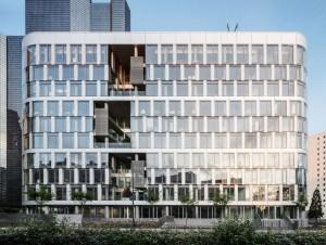 A La Défense, jardins suspendus, balcons et ...