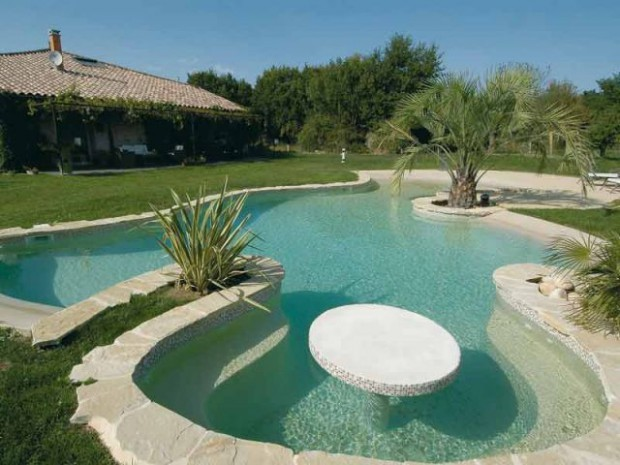 Design piscines familiales for Piscine design plage
