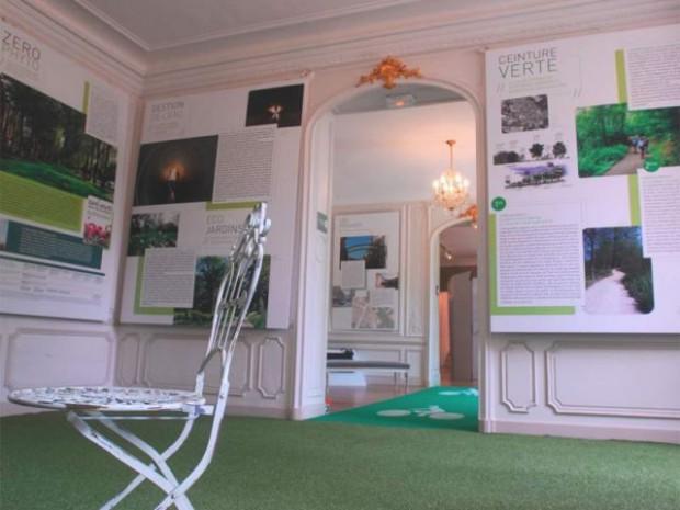 """Exposition """"Versailles en perspectives"""""""
