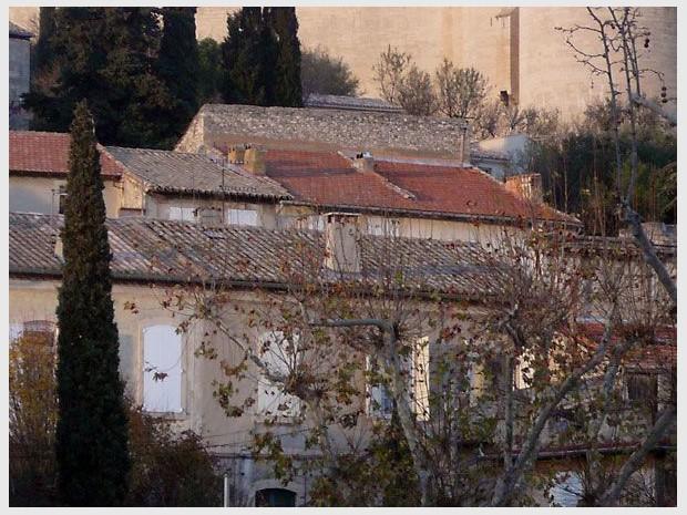 maisons individuelles anciennes, village