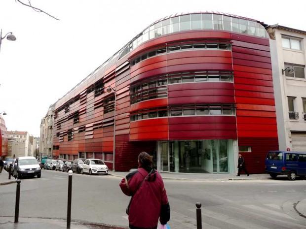Une r sidence envelopp e de lames mobiles et color es diaporama - Brigitte metra architecte ...