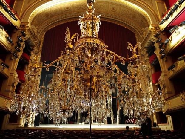 La salle richelieu la com die fran aise va retrouver du lustre - Comedie francaise salle richelieu ...