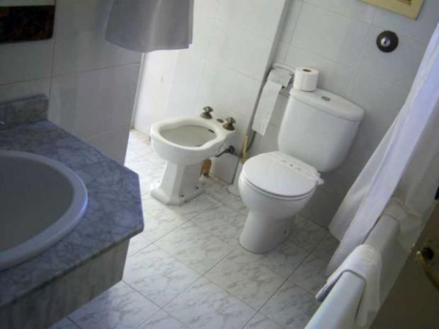 Remplacer soi-même des WC