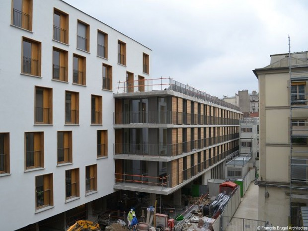Densification urbaine l 39 exemple parisien de la cour de for Piscine grace de dieu