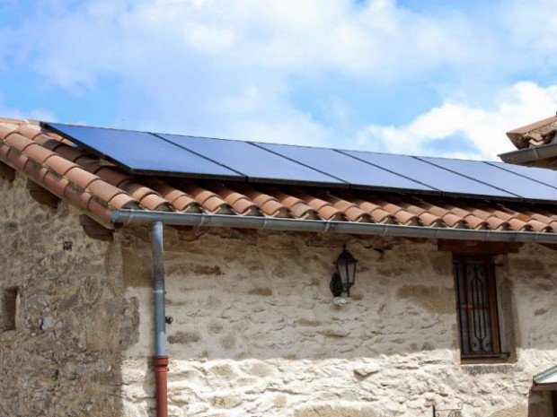 Installation solaire hybride