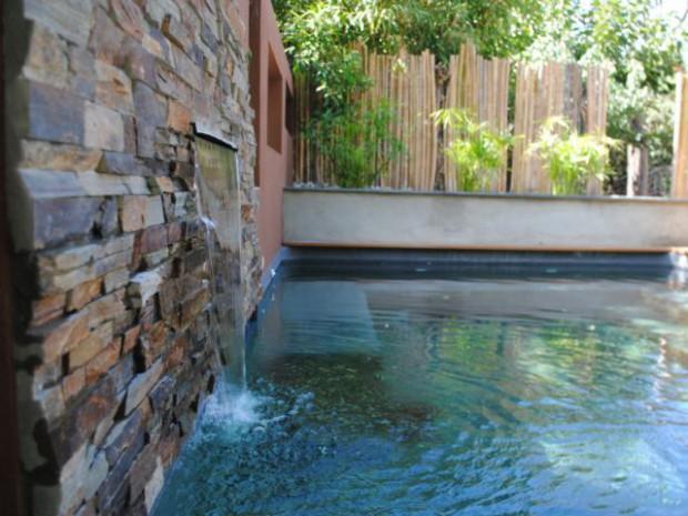 Les avantages d 39 une piscine classique sans les inconv nients for Piscine miroir inconvenient