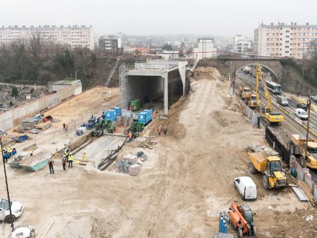 Réalisation de la gare du Grand Paris Express, Champigny Centre (Val-de-Marne) imaginée sur la ligne 15 Sud et 15 Est par l'agence Richez Associés