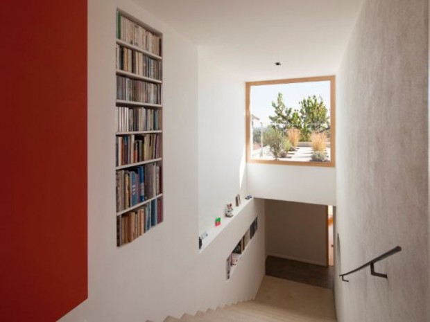Un escalier puits de lumière