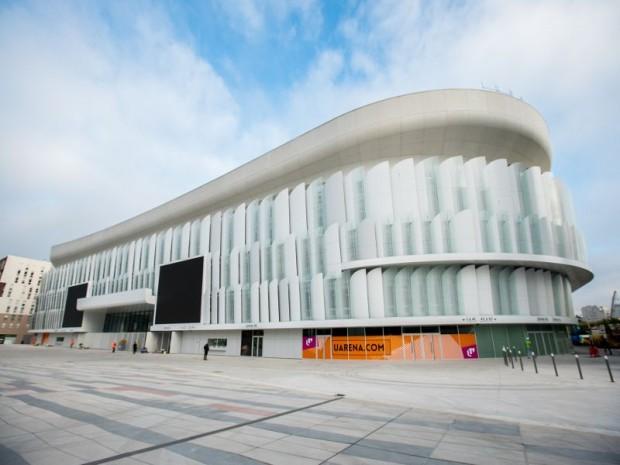 Apr s trois ans de travaux l 39 u arena ouvre ses portes for Interieur u arena