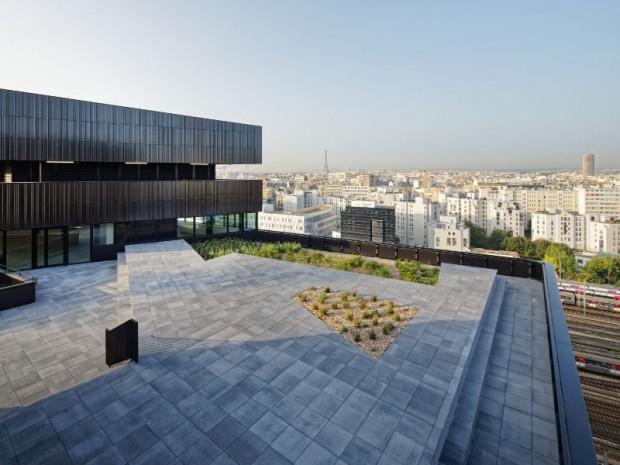 Livraison du projet Batignolles 07 à Paris conçu par l'agence Brenac & Gonzalez & Associés avec Chartier-Dalix Architectes