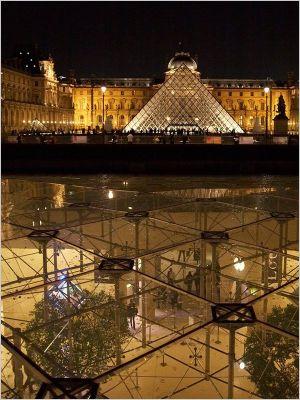 La pyramide du louvre f te ses 20 ans ouverture au public le 1er avril 1989 - Date construction du louvre ...