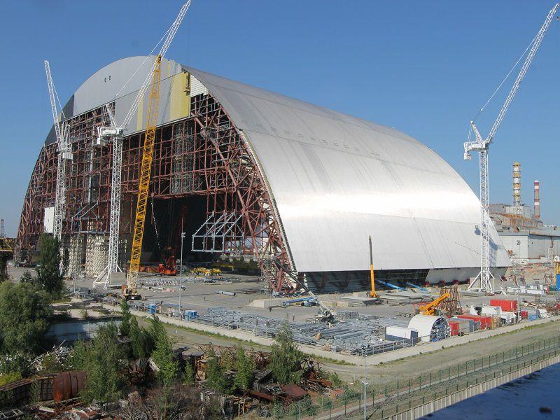 L'arche géante de Tchernobyl est assemblée