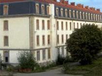 Un mini-campus universitaire dans l'ancienne ...