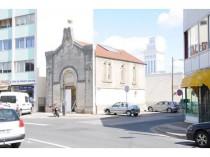 Abandonnée durant 30 ans, la synagogue de ...