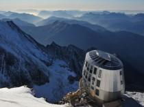 Le Mont-Blanc et le refuge du Goûter victimes de ...