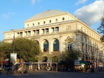 Les deux théâtres de la place du Châtelet ...