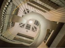 L'escalier de la bibliothèque de Strasbourg, un ...