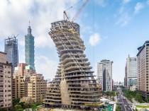 La tour hélicoïdale Agora Garden prend forme à ...