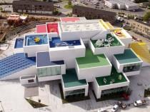 Lego House, un empilement de cubes géants pour ...