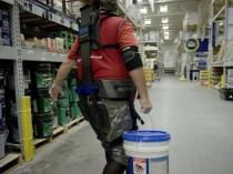 Une tenue-exosquelette pour soulager les ...