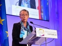 """""""Il ne faut plus artificialiser"""", assure la ministre Elisabeth Borne"""