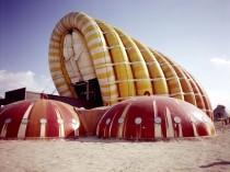 Plongez dans l'univers de l'architecture gonflable ...
