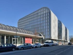 À Bordeaux, Eiffage Immobilier modernise un site ...
