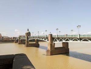 Toulouse: le centre commercial Val Tolosa ...