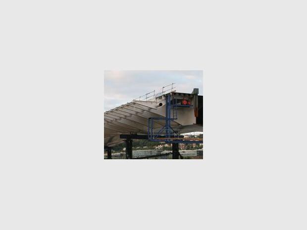 Le «pont Renault» enfin posé