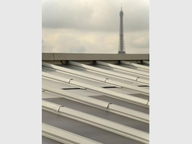 une toiture en zinc