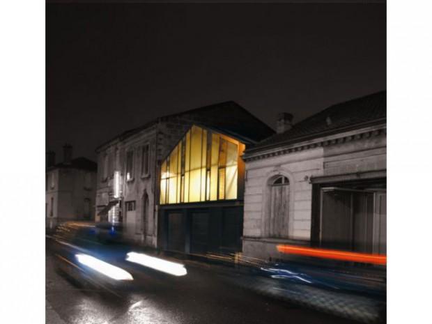 Transformation d'un hangar en logement- Agora 2010