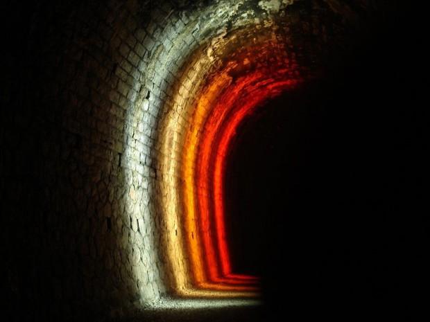 Tunnel Vigan arc de lumière