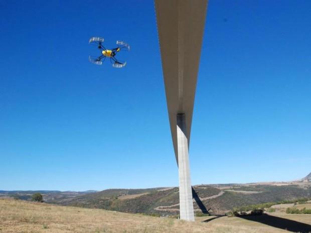 Drone du viaduc de Millau web