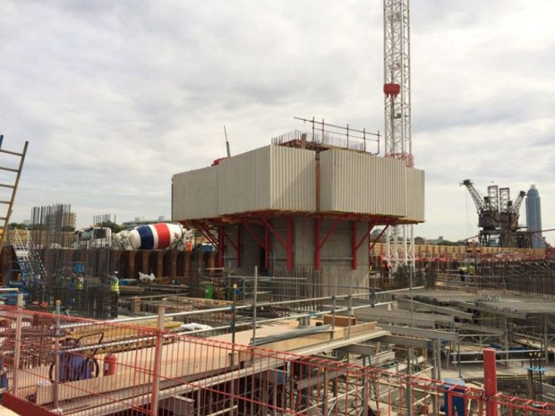 Centrale de Battersea en construction