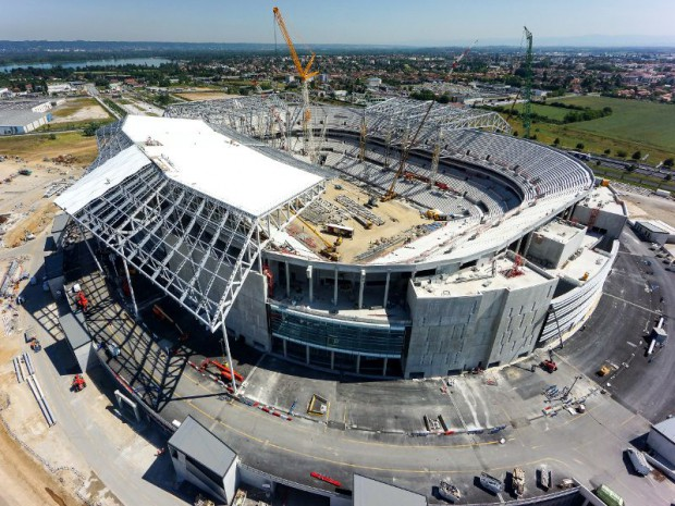 Grand stade de Lyon en travaux