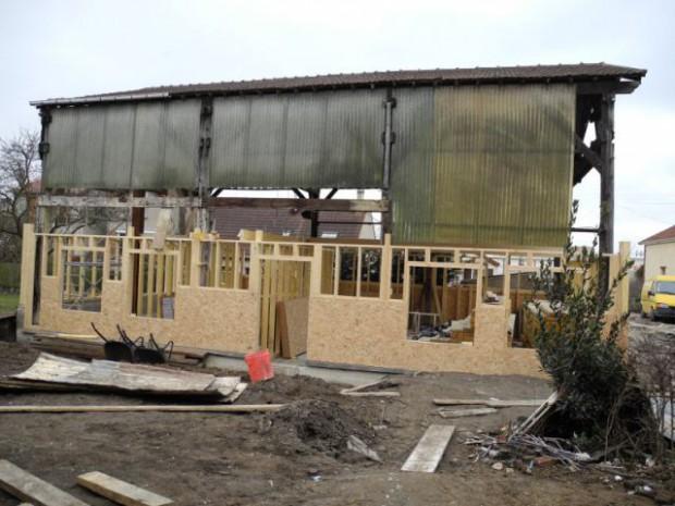 Un ancien hangar transformé en maison bois à Argentueil