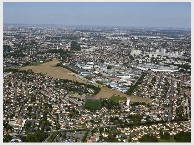 Vue aérienne sur Ormesson-sur-Marne (Val-de-Marne)