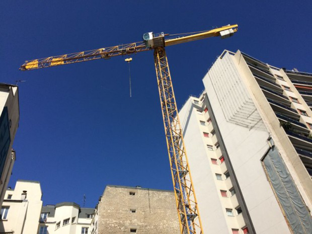 Construction grue