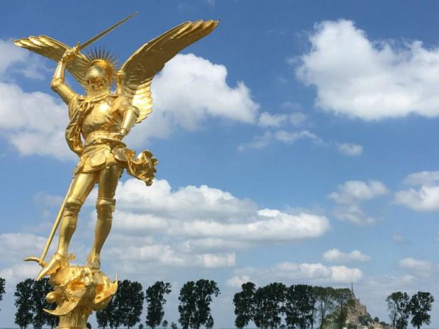 Statue de l'archange du Mont-Saint-Michel