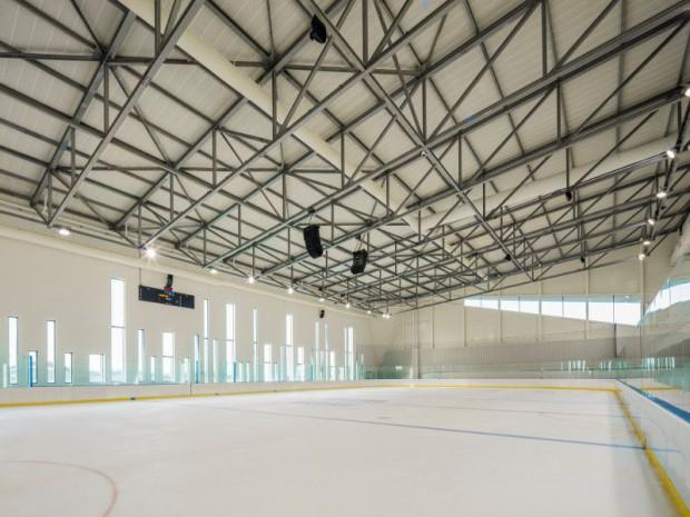 Réalisation de l'Aren'Ice construite dans la Zac des Linandes à Cergy Pontoise