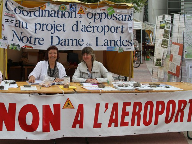 Opposants à l'aéroport NDDL