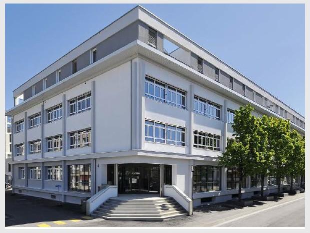 """Découverte de l'éco-quartier suisse """"Im Flügel"""" réalisé en 2015 dans le quartier de IM LENZ à Lenzbourg par Losinger Marazzi, filiale suisse de Bouygues Construction"""